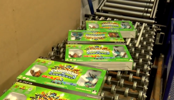 See Skylanders Swap Force arrive at Toys R Us!