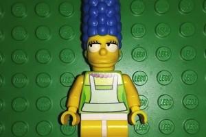 LEGO Simpsons Marge