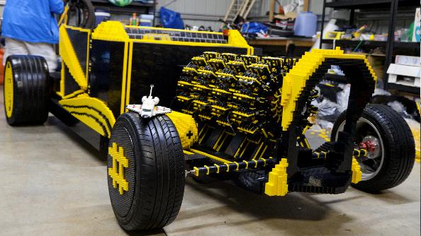 Lego car 02