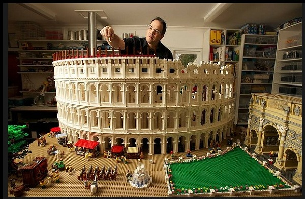 Ancient Rome is remade in LEGO with this incredible Colosseum