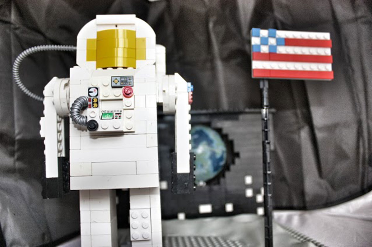 Amazing science projects created in Lego