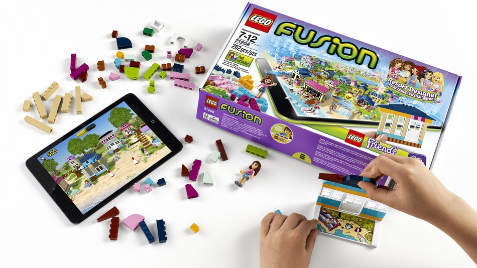 LEGO Fusion combines bricks and apps