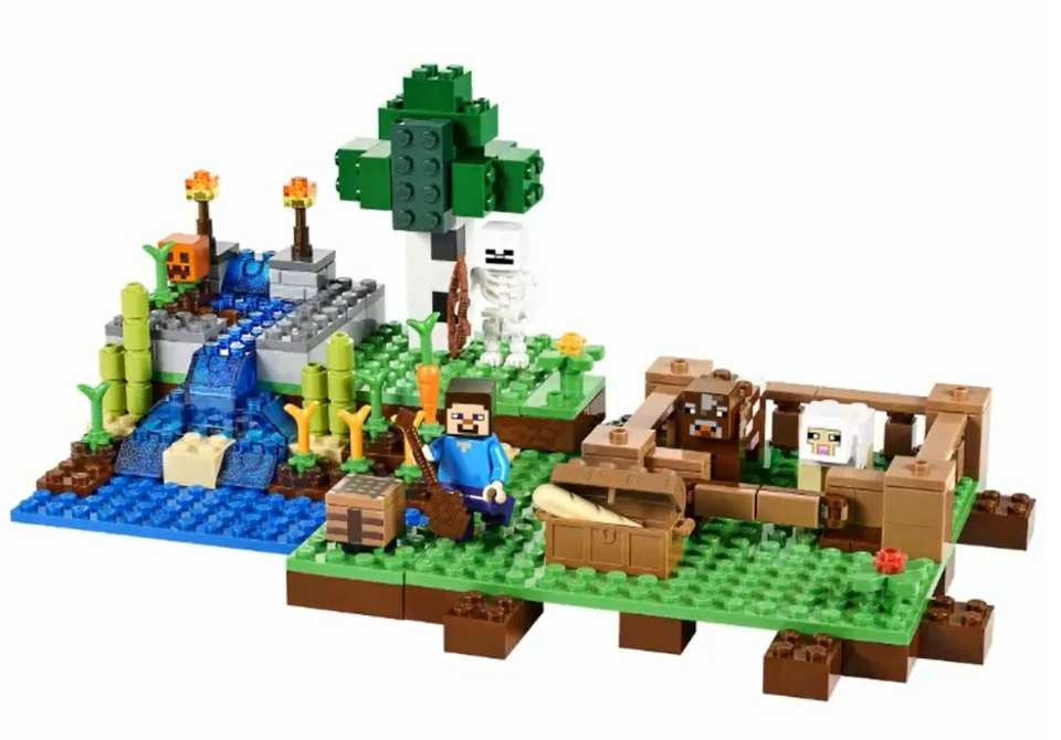 New LEGO Minecraft Sets Will Be The Cave And Farm