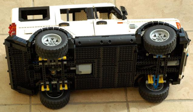 LEGO Land Rover 04