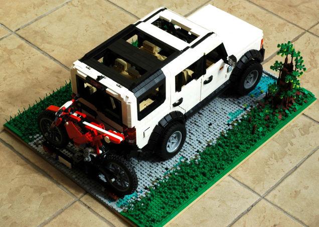 LEGO Land Rover 05