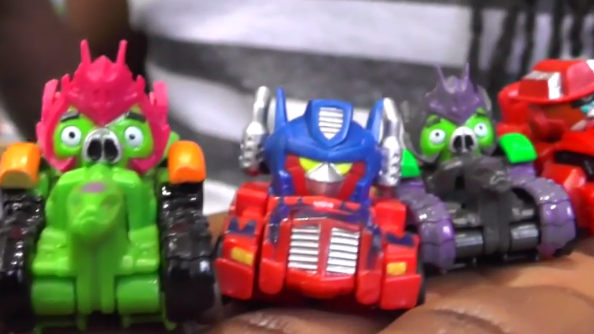 Angry Birds Transformers under the expert's microscope