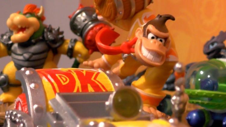 Bowser and Donkey Kong smash down in Skylanders
