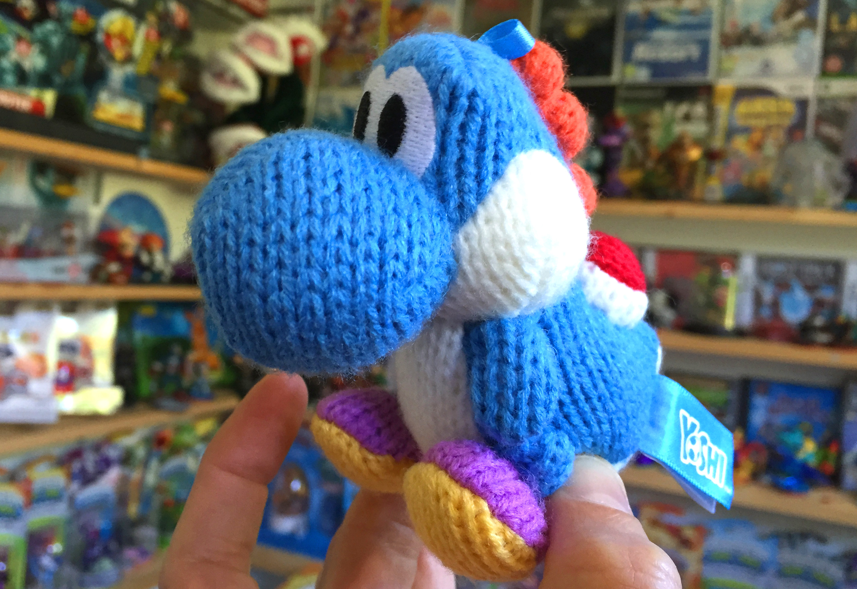 Yoshi amiibo is Woolly and base less