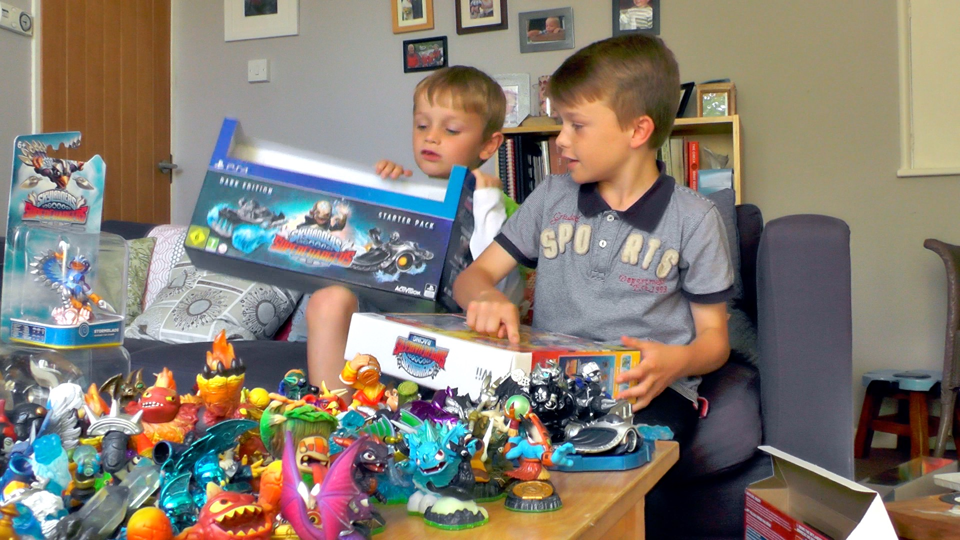 Skylanders Superchargers unboxed and toy tested